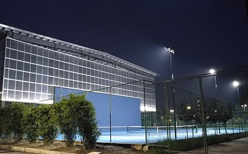 成都郫县信息工程大学银杏酒店管理学院体育场