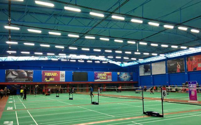专业羽毛球场灯的标准是什么我们该如何选择羽毛球场照明?