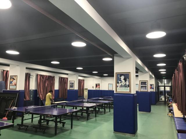 <b>乒乓球馆该用什么灯?什么样的灯具符合专业乒乓球馆照明?</b>