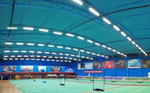 羽毛球场照明,专业的体育照明如何成为羽毛球场的中心?